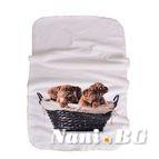 Бебешко одеяло двулицево - Кучета в кошница