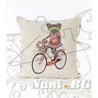 Испанска декоративна възглавница с цип - ЖАБА С КОЛЕЛО
